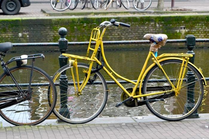Amsterdam, Fahrrad - Carotellstheworld
