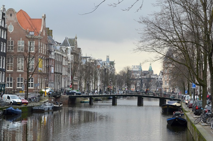 Amsterdam, Grachten - Carotellstheworld
