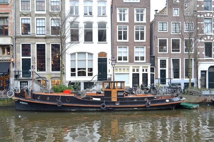 Amsterdam, Boot - Carotellstheworld