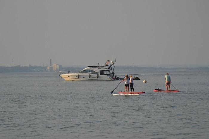 Timmendorfer Strand, Yacht, Stand-Up-Paddling - Carotellstheworld